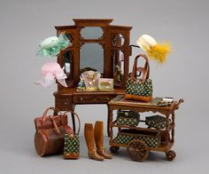 Good Sam Showcase of Miniatures: Leather Goods