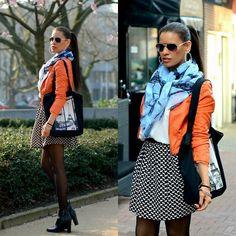 Sergio Todzi Ankle Boots, Daphnea Skirt, L'olive Verfe Jacket, H&M Shirt