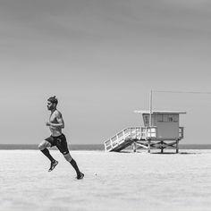 Run Gum can save your early morning long runs. #RunGum #LA #sunday #longrun @stancerun