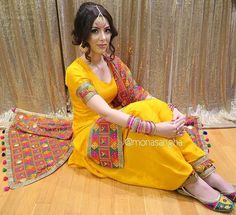 Sangeet idea: plain yellow patiala suit with a colourful bandhani or phulkari dupatta