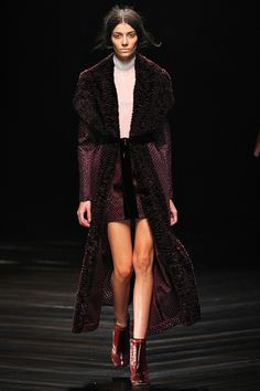 Marios Schwab Fall 2013 RTW - Review - Fashion Week - Runway, Fashion Shows and Collections - Vogue - Vogue