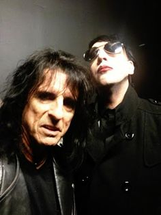 Alice Cooper and Marilyn Manson: Masters of Madness. Alice Cooper, Marilyn Manson, Rock Bands, Rock Music News, Thy Art Is Murder, Paris Jackson, Music Icon, Music Love, Hard Rock
