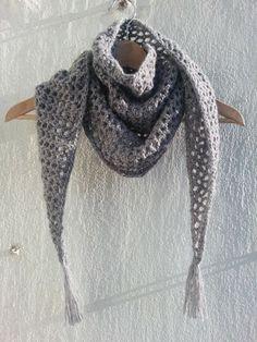 100 - Chal Baktus to crochet Crochet Mittens, Crochet Poncho, Knit Or Crochet, Bead Crochet, Crochet Scarves, Crochet Clothes, Making Scarves, Crochet Decoration, Crochet Accessories