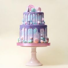 These Beautiful Cakes Are Inspired By Fairy Tales and Pop Culture . - These Beautiful Cakes Are Inspired By Fairy Tales and Pop Culture … – These Beau - Beautiful Cake Designs, Beautiful Wedding Cakes, Beautiful Cakes, Amazing Cakes, Drip Cakes, Pretty Cakes, Cute Cakes, Mini Cakes, Cupcake Cakes