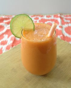 Cantaloupe Carrot Smoothie:  1 1/2 c cantalope, 1 granny smith apple, 1 large carrot, juice from 1 lime