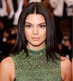 Kendall Jenner's smooth strands and simple makeup // Met Gala 2015