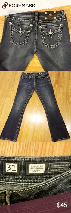 """Miss Me Size 31 Bootcut EUC, Signature Boot, Inseam 31.5"""",  I had the length professionally altered, maintaining original hem. No signs of wear or flaws to note. Miss Me Jeans Boot Cut"""