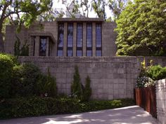 Storer House. Frank Lloyd Wright.West Hollywood, California. 1923. Concrete/ Textile block period