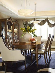 Folio Eighteen Big Chair Luxury Homes Showroom Home Furnishings Fashion Showroom