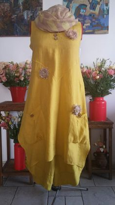 Love this yellow dress!