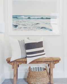 Getestete Möbel Wohnzimmer Bauernhaus Tested furniture living room farmhouse # farmhouse The post Tested Furniture Living Room Farmhouse appeared first on Leanna Toothaker. Coastal Bedrooms, Coastal Living Rooms, Coastal Entryway, Coastal Decor, Style At Home, Beach House Decor, Diy Home Decor, Beach Houses, Living Room Furniture