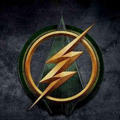 Logo del primer crossover oficial entre Flash y Arrow