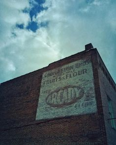 Flour Power  #winter #wv_igers #westvirginia #rsa_sky #rsa_urbex #urban #urbanphotography #urbandecay #urbanexploration #urbanwalls #igers_of_wv #architecture #sky #grit #cloud #clouds #brick #brickwall #m3xtures #mextures #mexturesapp #mellow_mextures #mode_emotive #minimal_mextures #mexturezdelight
