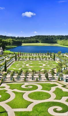 Versailles, un lieu historique pour passer une journée dépaysante.  Jardins de Versailles - Ile de France