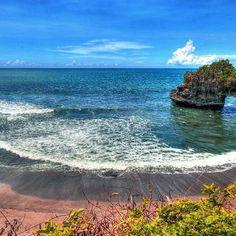 Beach view in Bali. #Bali #island #indonesia #Summer #holiday #destination #sunny #beach #beautiful #travel #travelgram #travelingram #instatravel #instago #instagood #countdown #vacation #trip #travelphotography #beach #tourist #igtravel #countdownapp #holidayapp #readysetholiday #readysetholidayapp #readysetholidayexperience  Credits: Thomas Depenbusch on Flickr