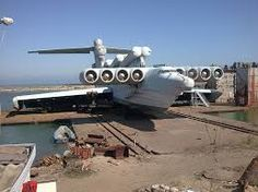 Amazing Lun-class ekranoplan - ground effect vehicle used by late Soviet navy. Technically a ship! Luftwaffe, Lun Class Ekranoplan, Russian Military Aircraft, Soviet Navy, Float Plane, Ground Effects, Experimental Aircraft, Flying Boat, Military Jets