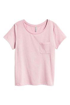 Camiseta con bolsillo. Camisetas Con BolsilloComercialBolsillosMujeresInspiración  De EstiloTopesCamisetaEscoteInteriores Comerciales c2fc01893eb