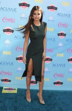 Selena Gomez - green sheath cocktail dress