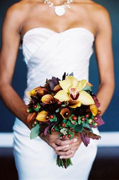 When it comes to finding the perfect wedding bouquet for your Autumn wedding. Autumn is a season that is full of beautiful flowers and rich colours. Bridal Bouquet Fall, Fall Bouquets, Fall Wedding Bouquets, Fall Wedding Flowers, Fall Wedding Dresses, Bride Bouquets, Flower Bouquet Wedding, Floral Wedding, Bouquet Flowers