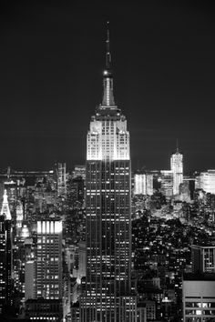 Create a feature wall with the majestic 'Empire State Building'