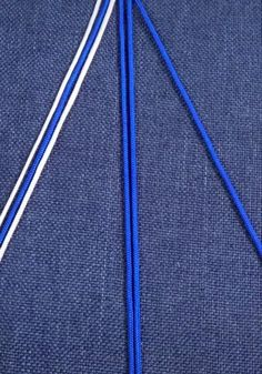 How to braid a rope bracelet? Diy Bracelets Patterns, Diy Bracelets Easy, Handmade Bracelets, Rope Bracelets, Diy Crafts Hacks, Diy Crafts Jewelry, Bracelet Crafts, Diy Friendship Bracelets Patterns, Diy Braids