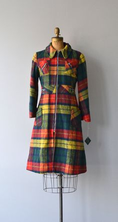 Snoqualmie Pass coat vintage 1970s plaid wool coat by DearGolden