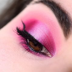 Pink make-up with the XX Revolution X-Ray palette - Marine Loves Polish and More... - Blog beauté et lifestyle Mascara, Pink Make Up, Marine Love, Rose Fuchsia, Revolution, Makeup Looks, Palette, Polish, Lifestyle