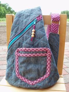 SaSTro: Crossbag, pattern by farbenmix.de Taschenspieler2-CD #sewing #nähen #diy #pattern