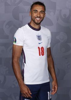 England National Football Team, National Football Teams, Soccer Guys, Football Players, Lions, Posts, Mens Tops, England National Team, Soccer Players