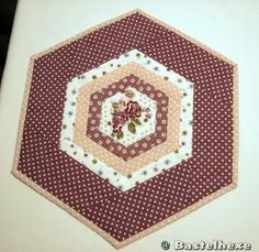 Tischdecke in Hexagonform