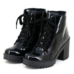 0c6cb9f0ba5 Bota Navit Shoes Tratorada Em Verniz Preto