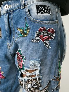Comprar Marco Bologna jeans bordados con efecto desgastado en Spinnaker 141 from the world's best independent boutiques at farfetch.com. Descubre 400 boutiques en 1 sola dirección.