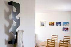Naulakko Wave, musta Decorative Screens, Entrance Design, Crafty, Home Decor, Diy Ideas, Outfits, Showers, Blue Prints, Organizers