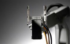 Liam, il robot ricicla iPhone e rispettoso dell'ambiente - http://www.tecnoandroid.it/liam-robot-ricicla-iphone/ - Tecnologia - Android