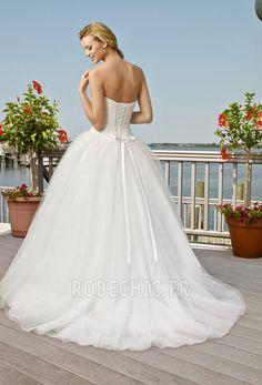 Robe de mariée Dos nu Couvert de Tulle Mode de Bal De plein air