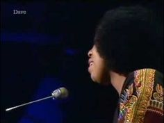 Roberta Flack - The First Time Ever I Saw Your Face [totp2] - YouTube