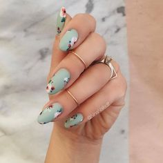 15 Spring Nail Art Designs - Best Manicure Ideas for Spring Nails - - The most beautiful nail designs Best Nail Art Designs, Nail Designs Spring, Acrylic Nail Designs, Mint Acrylic Nails, Green Nail Designs, Easter Nail Designs, Flower Nail Designs, Milky Nails, Nails Yellow