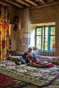 A kurdish mother.