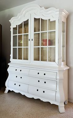 Drexel China Cabinet, Hutch, Curio, Bookcase French Country Design