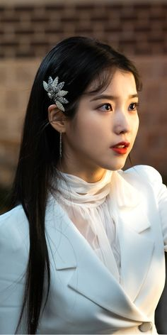 Image Article – Page 815784919985164802 Korean Fashion Kpop, Korea Fashion, Iu Hair, Luna Fashion, Korean Actresses, Ulzzang Girl, Snsd, Hair Jewelry, Kpop Girls