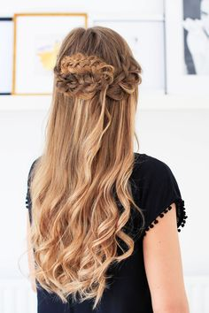Want to learn how to create this effortless simple Bohemian Braid? Click for a full tutorial on how to achieve this look!   #LuxyHairExtensions