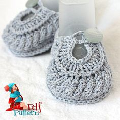 INSTANT DOWNLOAD - Knitting Pattern (PDF file)   Baby Shoes Boy and Girl (sizes 0-6/6-9/9-12 months)