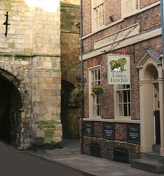 The York Historic Pub Tour. No trip to York is complete without taking our entertaining and informative guided tour round York's ancient streets and hidden alleys whilst visiting 4 of England's finest inns.