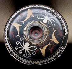 Phiale Louvre L210 - Patera - Wikipedia
