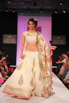 Anushree Reddy / Pretty White & Pink Lengha / Lakme Fashion Week 2013 / Available at #BIBILONDON  // Mira@bibilondon.com   https://www.facebook.com/TheOfficialCoutureClub