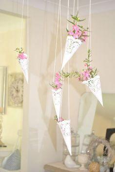 Las blondas de papel , unas perfectas aliadas para decorar nuestros eventos - Decora y diviértete