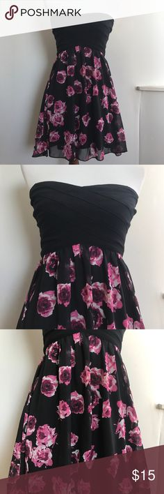CHARLOTTE RUSSE SWEETHEART DRESS FLORAL SZ SMALL Charlotte Russe Sweetheart Dress Black & Floral Size Small  Let me know if you have any questions!  Charlotte Russe Dresses