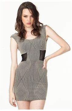 Dress for your shape: Boyish | Vogue India | Fashion | Trends