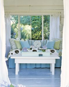 House of Turquoise: Beautiful Blue Painted Floors