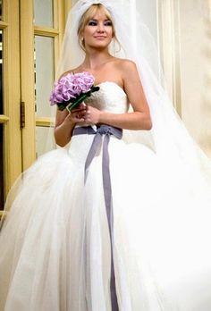 O Vestido de Noiva de Kate Hudson em Noivas em Guerra ♡